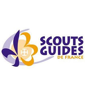 template photo mouvement.psd_0004_scouts et guides de france.jpg