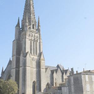 Fontenay-le-Comte.png