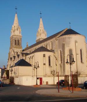 Paroisse-sainte-croix-des-essarts.png